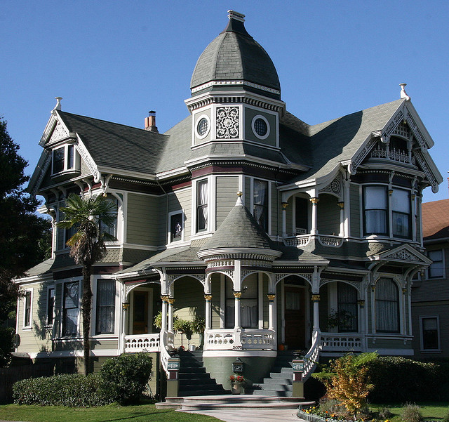 Beautiful victorian house in Alameda, California, USA