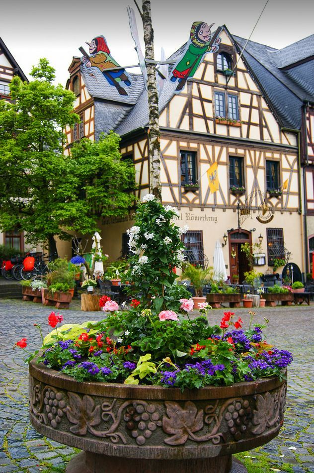 Picturesque town centre in Oberwesel / Germany