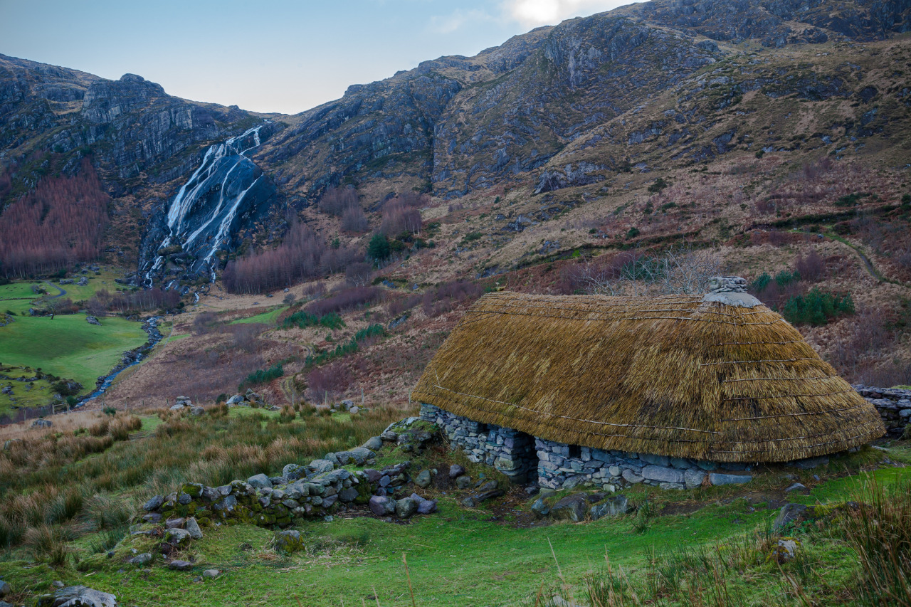 Cottage with a view, Gleninchaquin Park / Ireland by